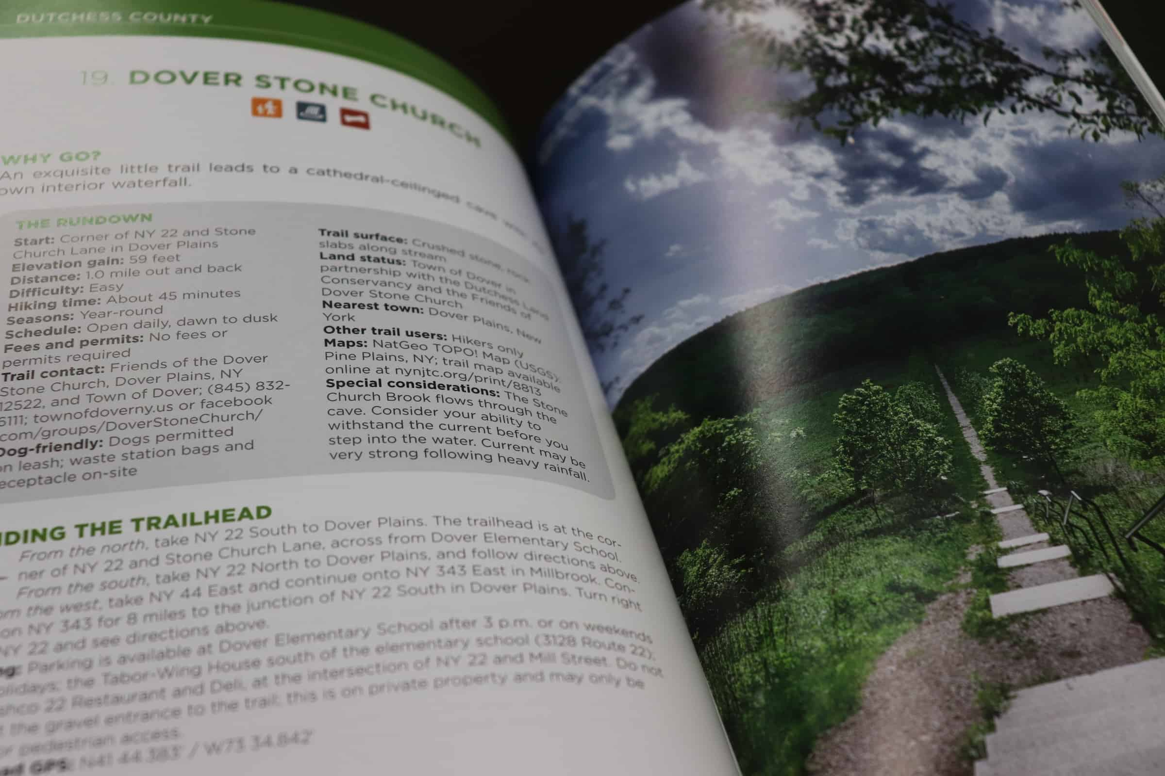 A page in Hiking New York's Lower Hudson Valley by Randi Minetor